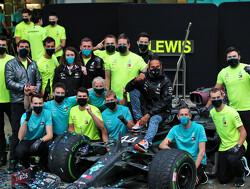 Hamilton en Mercedes weer genomineerd voor prestigieuze sportprijs