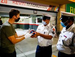Romain Grosjean bedankt zijn helden