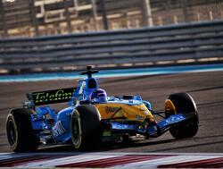 Aan boord bij Fernando Alonso in de R25 met 360-graden camera!