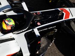 """Mick Schumacher: """"Het is niet mijn achternaam die de auto bestuurt"""""""