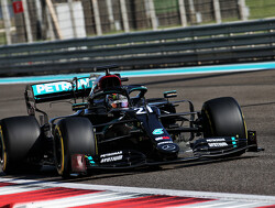 Mercedes betrekt Nyck de Vries als reserverijder bij F1-team
