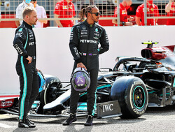 """'Over een heel seizoen is Valtteri Bottas kansloos tegen Lewis Hamilton"""""""