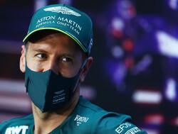 Sebastian Vettel vernoemt zijn auto voor 2021 naar een Bond-girl