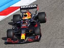 Samenvatting VT2 GP Bahrein: Verstappen opnieuw snelste, Norris nipt tweede en Hamilton derde