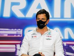 """Max Verstappen laat Mercedes zoeken: """"Geen idee waar we staan ten opzichte van Red Bull"""""""