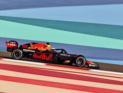 Analyse eerste twee vrije trainingen GP Bahrein: Red Bull snelste in kwalificatie, gelijk aan Mercedes in racetrim