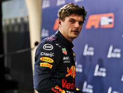 Max Verstappen en Nico Hülkenberg werken zich in het zweet