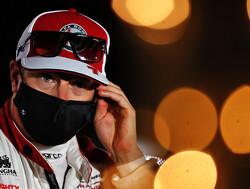 Kimi Raikkonen verliest 2 WK-punten na foute herstart