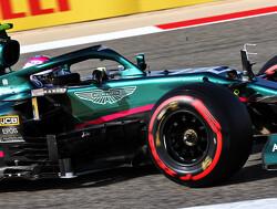 """Vettel heeft 5 licentie strafpunten en biedt verontschuldigingen aan Ocon: """"Waarschijnlijk mijn fout"""""""