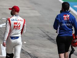 "Steiner legt uit waarom Mazepin snelheid mist: ""Moeite met zwakke achterkant"""