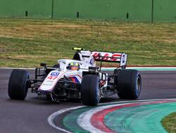 """Mick Schumacher teleurgesteld in zichzelf: """"Eerste keer in de regen met F1-wagen was niet makkelijk"""""""