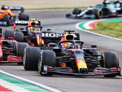 Leclerc plaatst Verstappen boven Hamilton als favoriet voor de titel