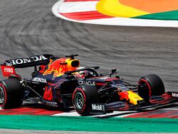 Uitslag tweede vrije training Portugal: Max Verstappen tweede tussen Mercedes-coureurs