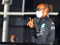 Lewis Hamiilton snelste tijdens de tweede vrije training GP Spanje, Verstappen negende