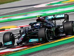 """Jenson Button over Valtteri Bottas: """"Op een gegeven moment moet Mercedes verder gaan kijken"""""""