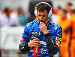 """Daniel Ricciardo verslaat McLaren-teamgenoot Lando Norris: """"Fijn om er weer te staan"""""""