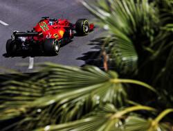 """Leclerc na pole position ondanks zware crash slotfase: """"Blij, maar jammer om in de muur te eindigen"""""""