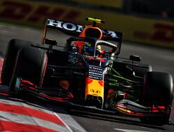 Perez wint voor Red Bull GP van Azerbeidzjan na crash Verstappen en remfout Hamilton