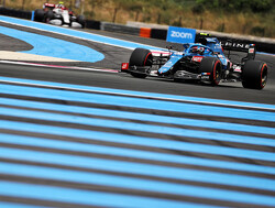 Aan boord bij Esteban Ocon die een ronde over het Circuit Paul Ricard becommentarieert