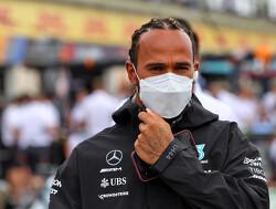 Hamilton ontkracht heisa over chassis-ruil met Bottas: 'sprookjes'