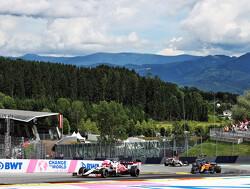 Geniet na van het gevecht tussen Fernando Alonso en Kimi Raikkonen in Oostenrijk