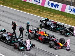 """Volgens Bernie Ecclestone """"verdient"""" Valtteri Bottas zijn stoeltje naast Lewis Hamilton"""