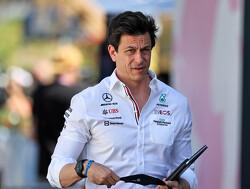 """Toto Wolff op plek gezet door FIA: """"Bezoek race-stewards tijdens race vanaf nu bestraft"""""""