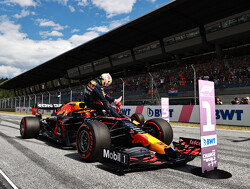 """Helmut Marko jubelt na reeks overwinningen: """"Wij hebben de beste auto, motor én coureur"""""""