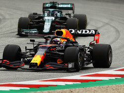 """Honda-baas """"bidt"""" voor krachtbron Max Verstappen na crash: """"Maak mij zorgen"""""""