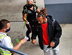 Hamilton leeft mee met Vettel na diskwalificatie, maar profiteert in WK-strijd met Verstappen