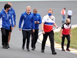 """Ralf Schumacher doet duit in zakje over Haas-rel: """"Gedrag Mazepin levensgevaarlijk"""""""