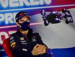 Manager Verstappen hoopt dat Perez eens voor rugdekking gaat zorgen