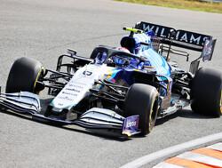 Komen er logo's van Red Bull op de door Mercedes-voortgedreven Williams in 2022?