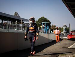 """Priestley over mogelijke motorstraf : """"Dan komt Verstappen weg met Monza-straf"""""""