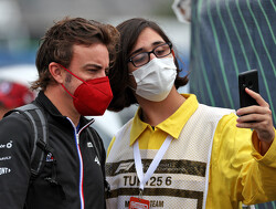 Fernando Alonso verontschuldigt  zich voor spin Schumacher