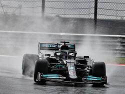 Kan Max Verstappen titelrivaal Lewis Hamilton achter zich houden in Turkije?