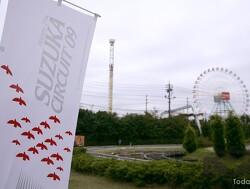 Hakkinen laat McLaren Mercedes V10 brullen ter ere van 30e Grand Prix van Japan