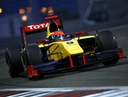 Romain Grosjean verslaat Van der Garde in eerste race