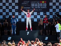 Chris van der Drift profiteert van fouten en wint Super Final