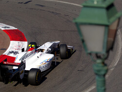Johnny Cecotto behaalt eerste GP2-pole in Monaco