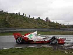 Beschir candidate for Caterham seat, Sainz to test Red Bull