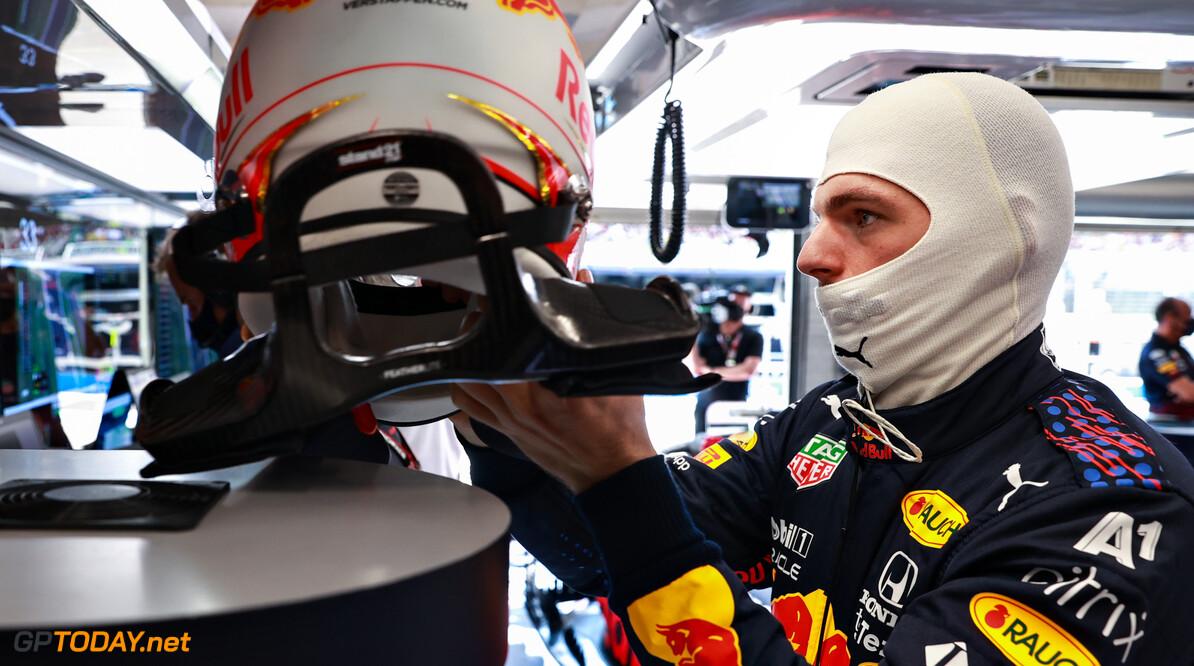 """Verstappen twijfelt geen seconde: """"Ik ben sneller dan Hamilton"""""""