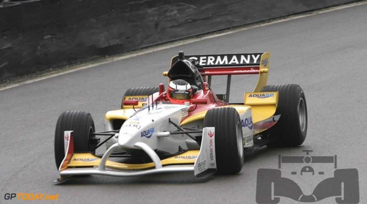 Duitsland maakt begin 2009 rentree