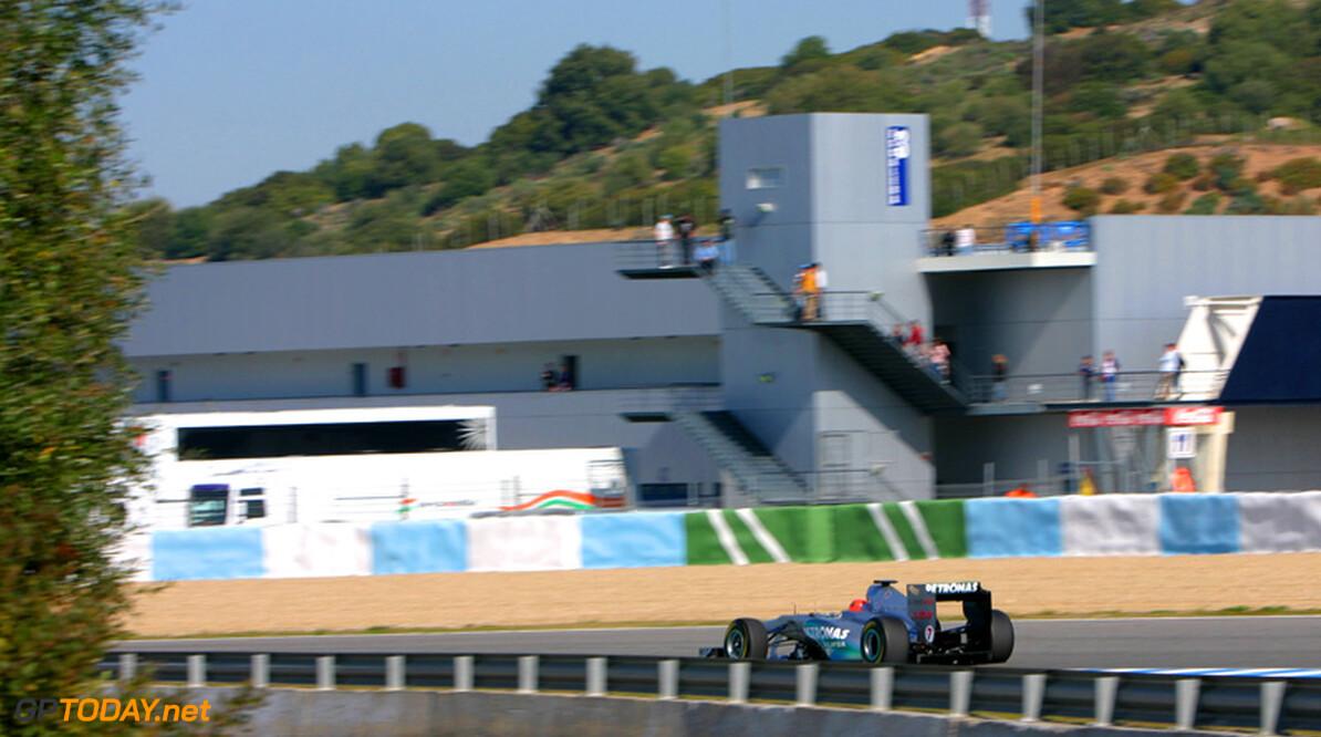 Mercedes verwacht meer teams met oude auto bij eerste wintertest