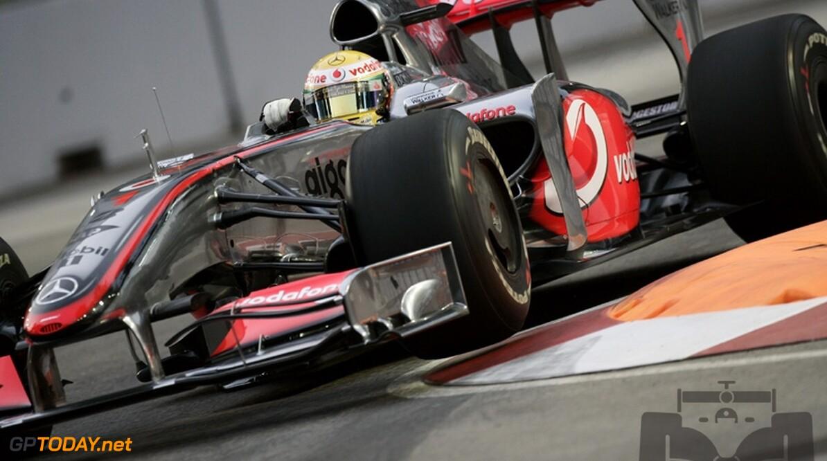 """Hamilton over de Red Bull-coureurs: """"Ze zijn te verslaan"""""""