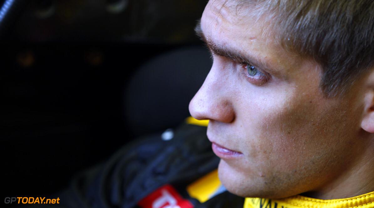 Petrov op Facebook lastig gevallen door Ferrari-fans