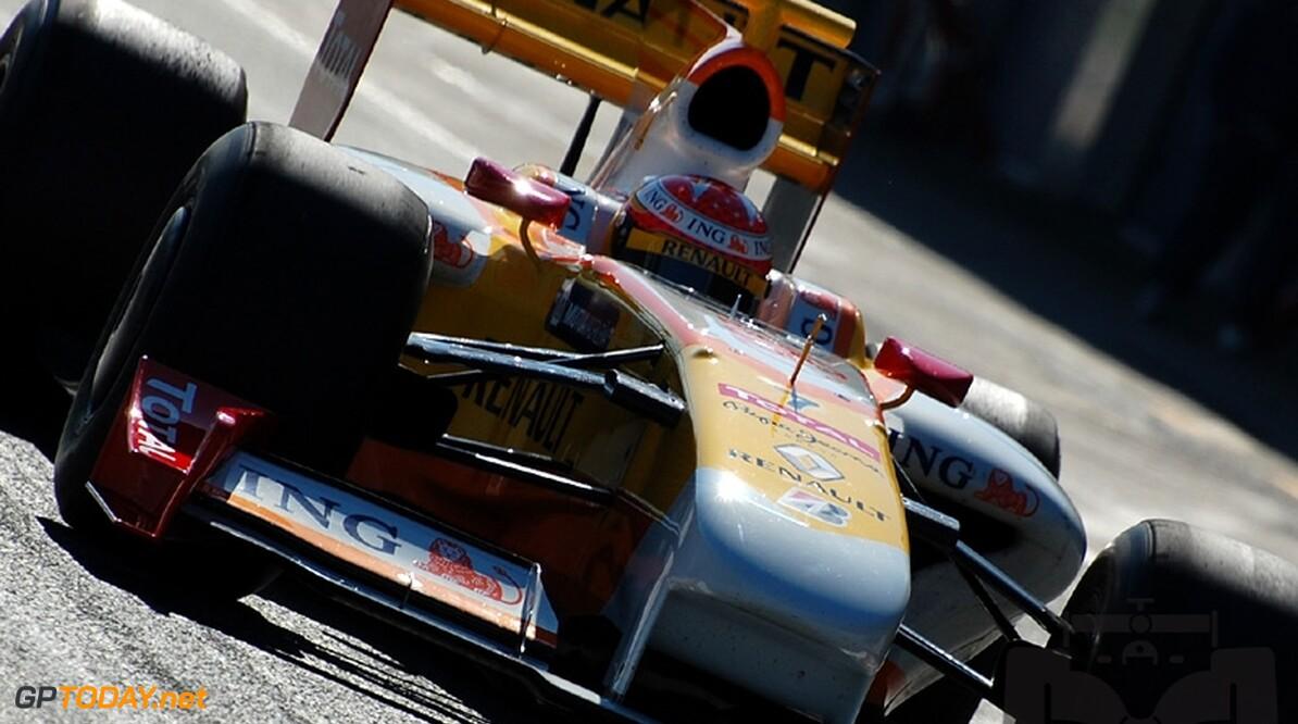 Ecclestone meldt nog twee overnamekandidaten voor Renault