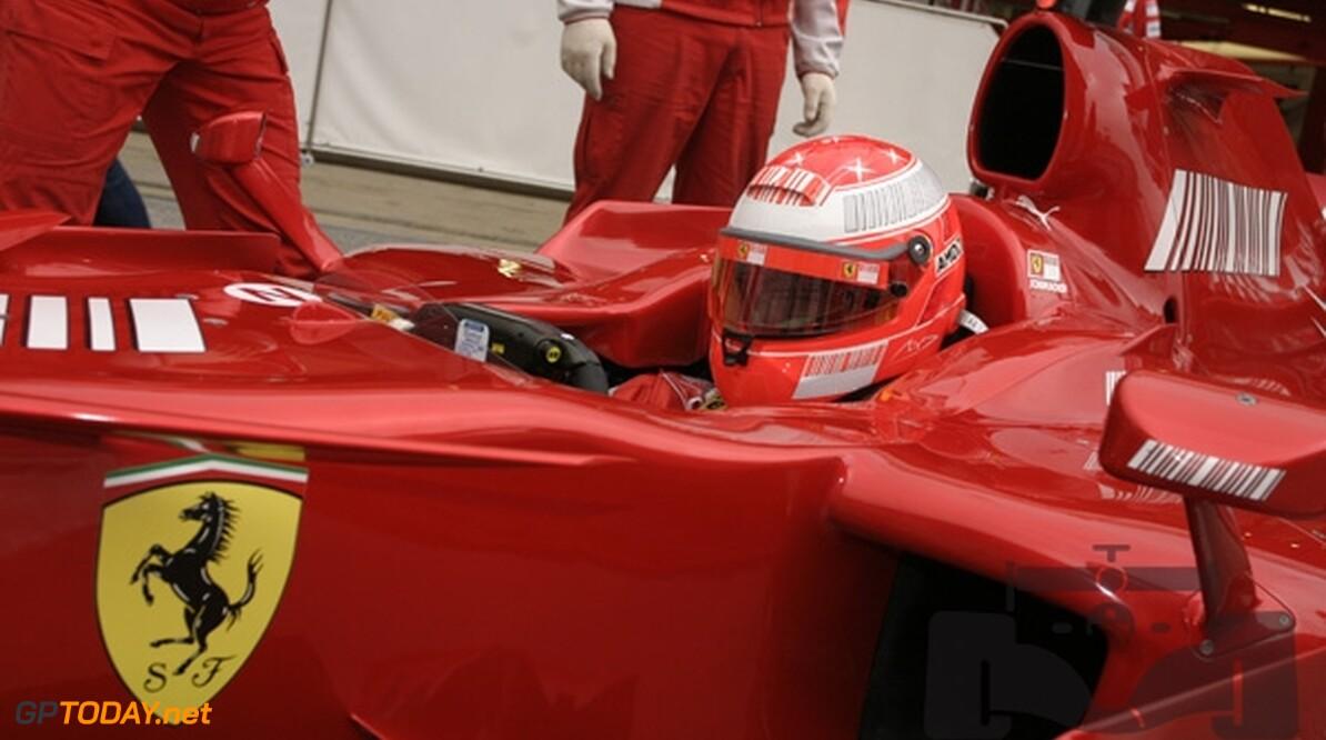 """Michael Schumacher geeft toe: """"Ik mis het racen"""""""