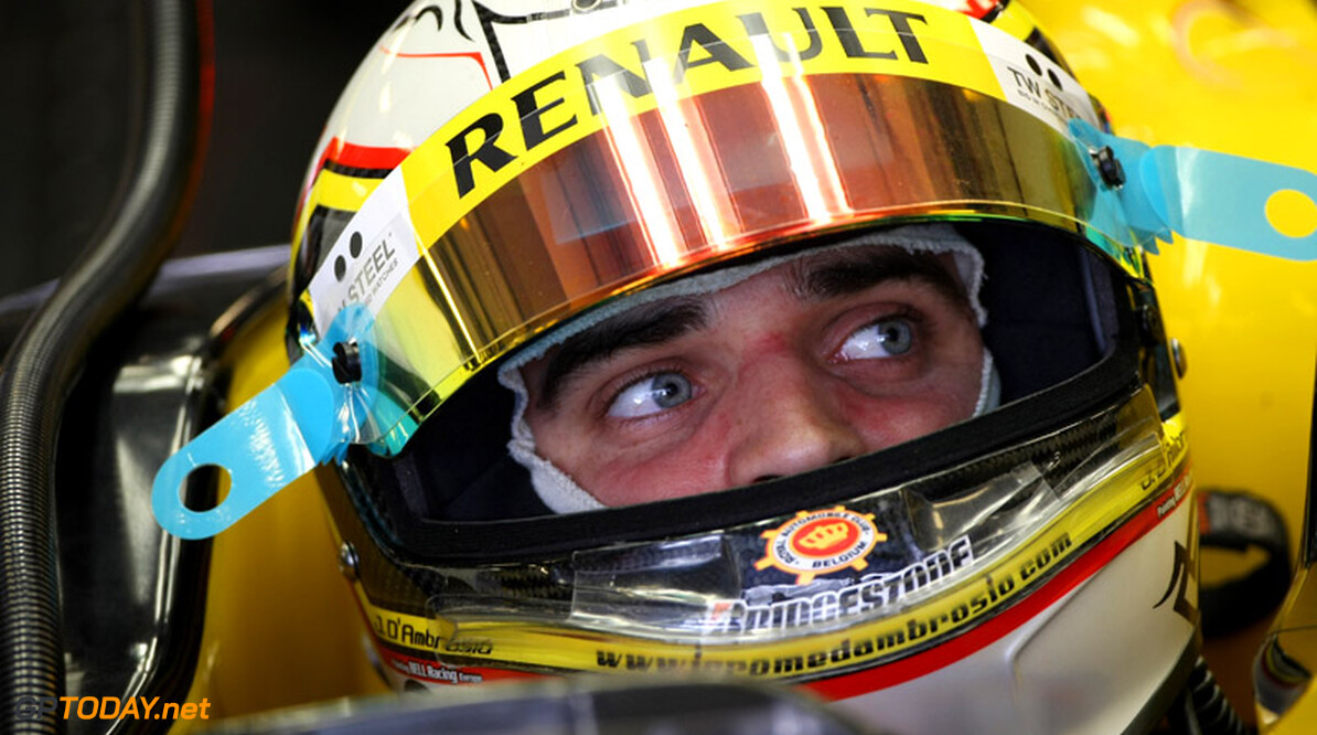 ABU DHABI, UNITED ARAB EMIRATES - NOVEMBER 17: XXXXXXXXXXXXXXXXX in action during the Young Driver Testing at the Yas Marina Circuit on November 17, 2010 in Abu Dhabi, United Arab Emirates. (Photo by Andrew Hone/Getty Images)   Andrew Hone