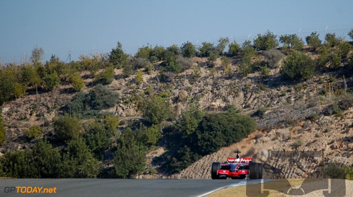 Jerez dag 2: Hamilton sluit af als snelste